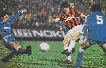 Image result for milan vs real madrid 1989 van basten goal second leg