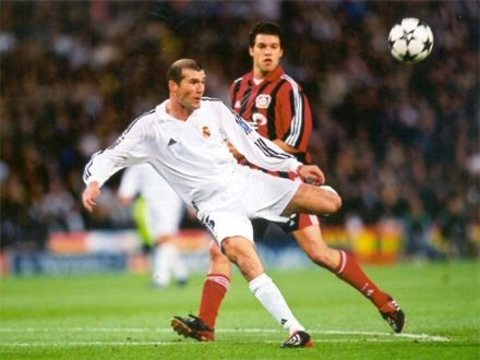 Image result for zidane goal vs leverkusen